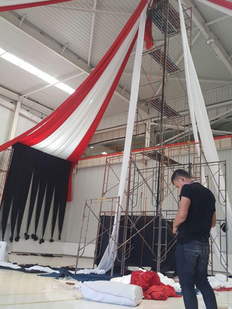 Dekorasi Gudang Pabrik Untuk Event