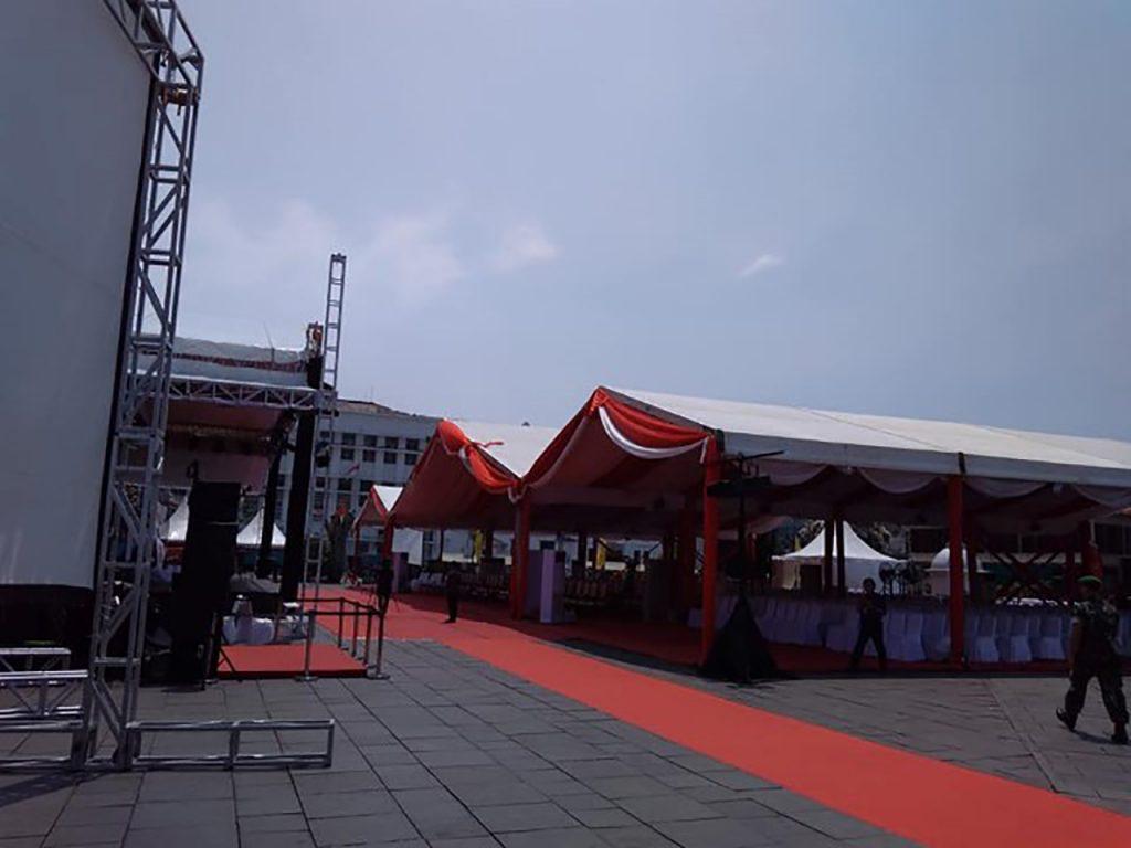 Tenda Roder Dekorasi Merah Putih Event Kota Tua Jakarta